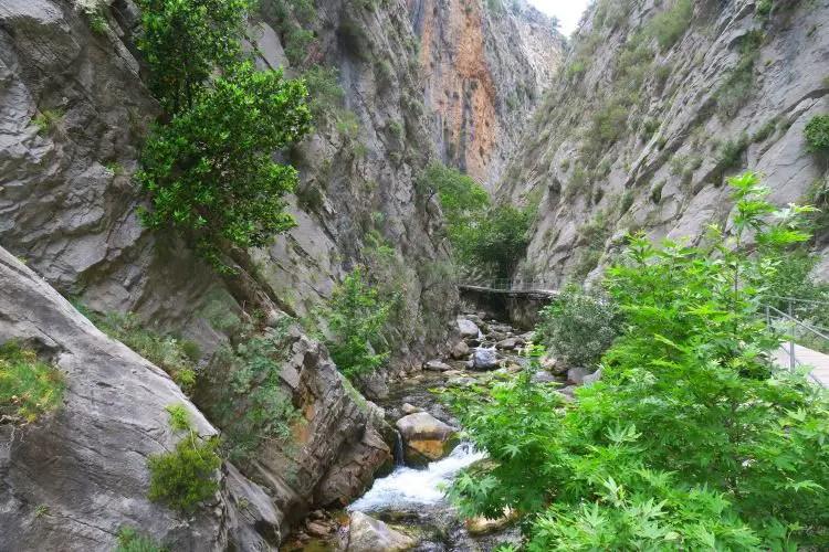Der Sapadere Canyon ist an manchen Stellen mehr als 200m hoch.