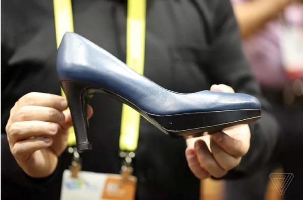 zapatos-de-tacon-inteligentes-3