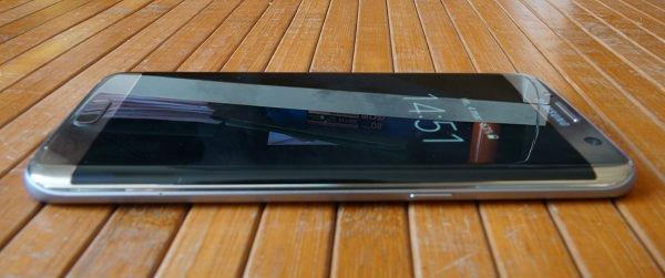 Samsung Galaxy℗ S7 edge pantalla edge