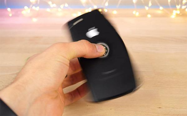 Convierten un iPhone de setecientos euros en un Fidget Spinner