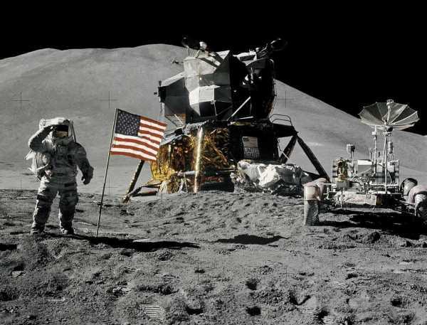 Apollo 15 rover NASA 1971