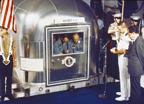 pilotos Apollo once cuarentena NASA Nixon