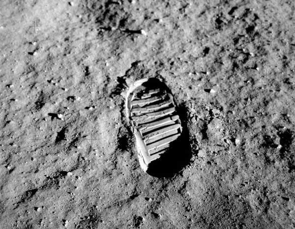 Por qué es cierto que hace 48 años el hombre pisó la Luna