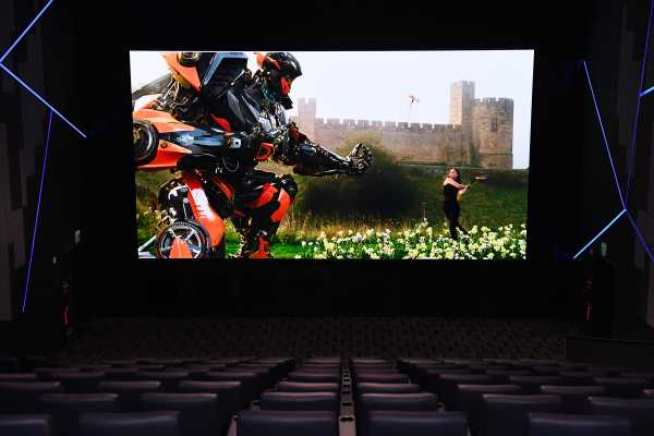 Cinema-LED-Screen
