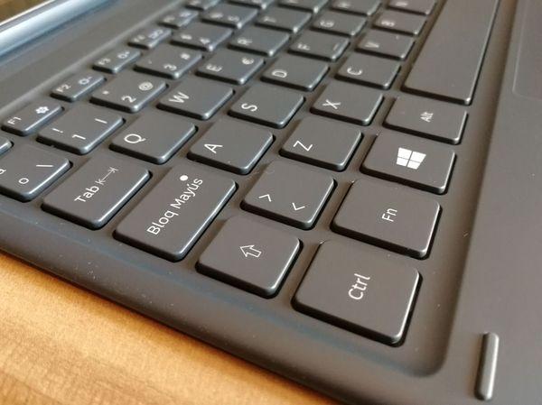 Samsung Galaxy Book doce teclado