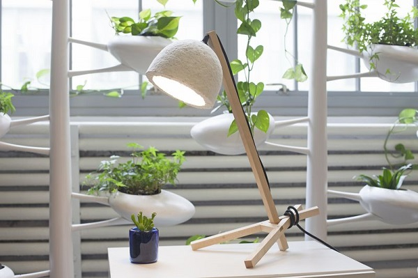 Lámparas ecológicas hechas con setas y cáñamo