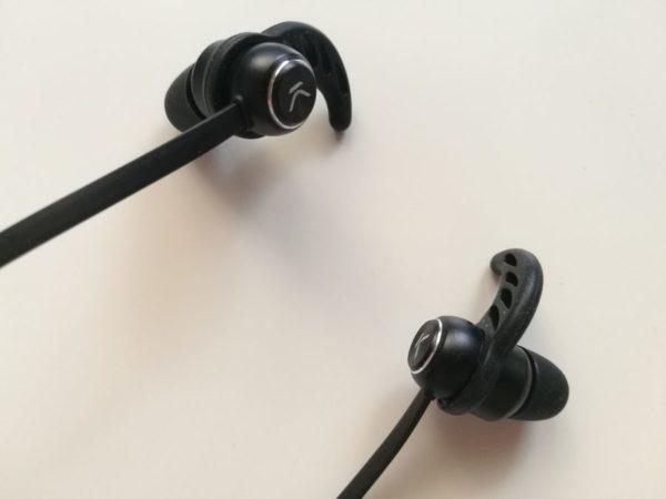 KSix Go&Play NeckBand, audífonos inalámbricos con 8 horas de autonomía