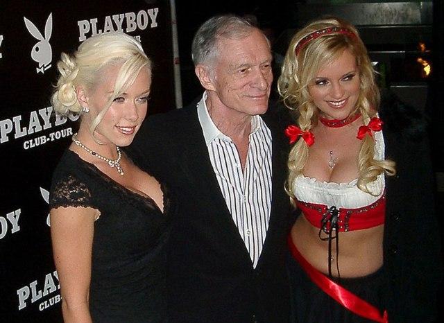 pago criptomoneda en Playboy demanda