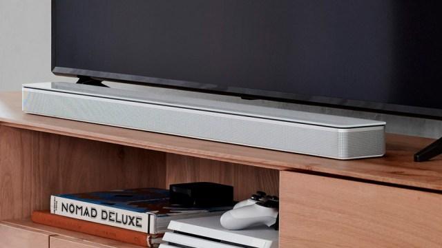 barra de sonido Bose Soundbar 700 blanca