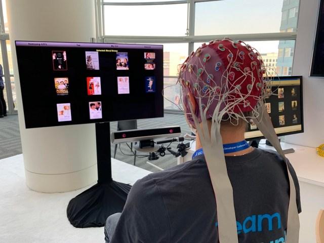 Samsung crea una tecnología para manejar la TV con la mente