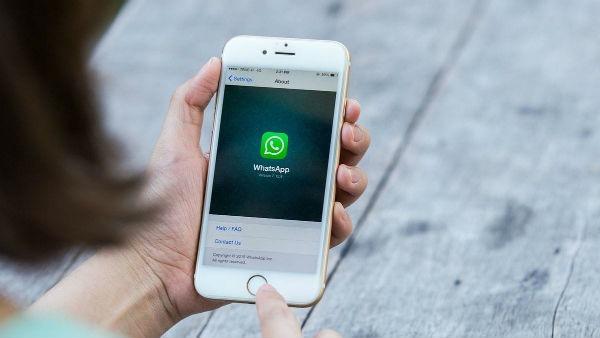 WhatsApp SMS confirmación