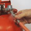Connecting Gas hose to Regulator