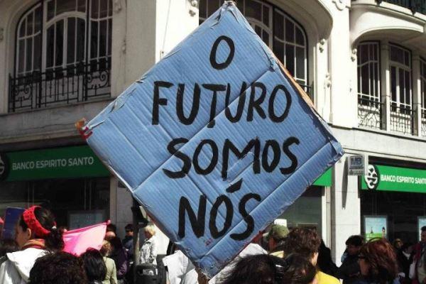 Subsídios de Férias e de Natal: vão os portugueses ficar calados com mais este saque?