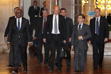 Governo demora dois meses a traduzir o Memorando da Troika