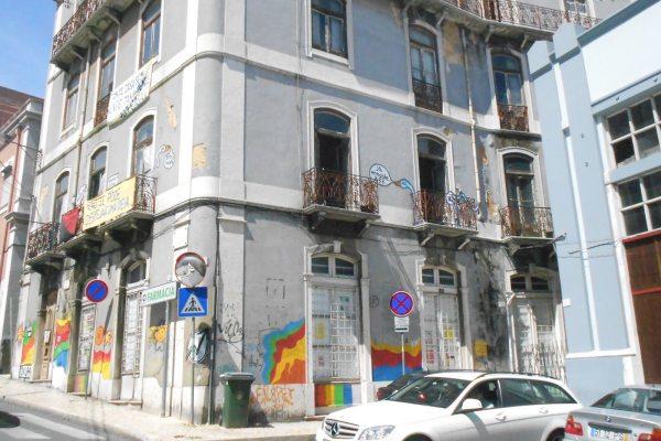 Polícia em São Lázaro faz acção de despejo e recusa mostrar documentação