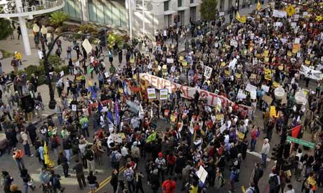 Occupy Oakland: centenas de detenções ilegais