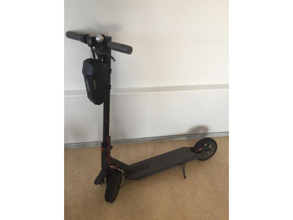 Xiaomi m365 electric scooter in Westminster
