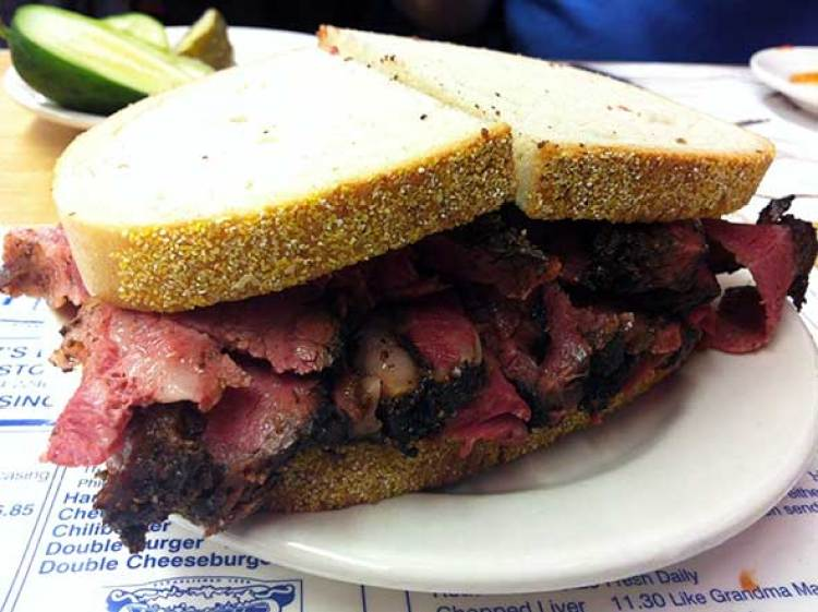 Sandwich de pastrami del Kat'z