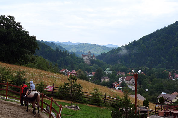 Panorámica del Castillo de Bran, en Transilvania. Foto (c) Ángel Ingelmo