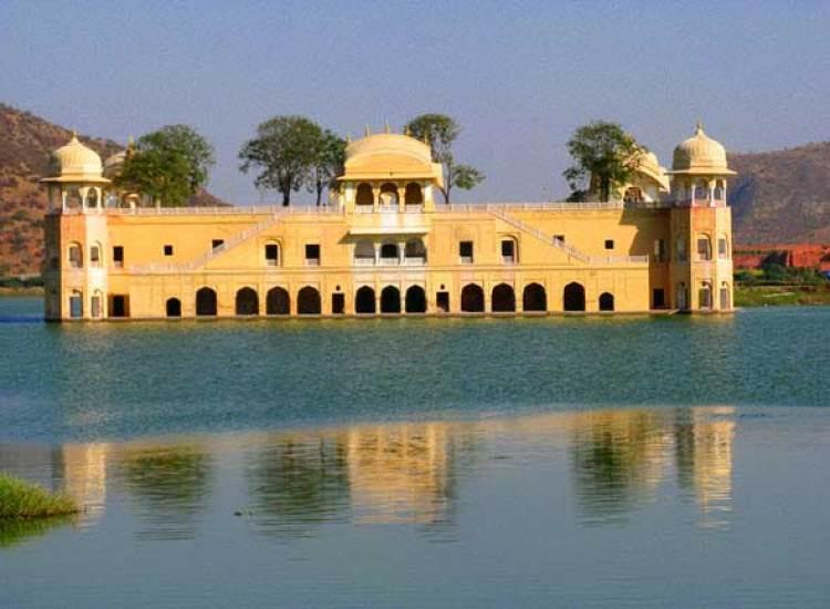Palacio de Jal Mahal en Jaipur. Los palacios reales más famosos del mundo, en Tu Gran Viaje