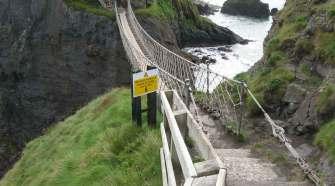 Puente de Carrick-a-rede, Irlanda