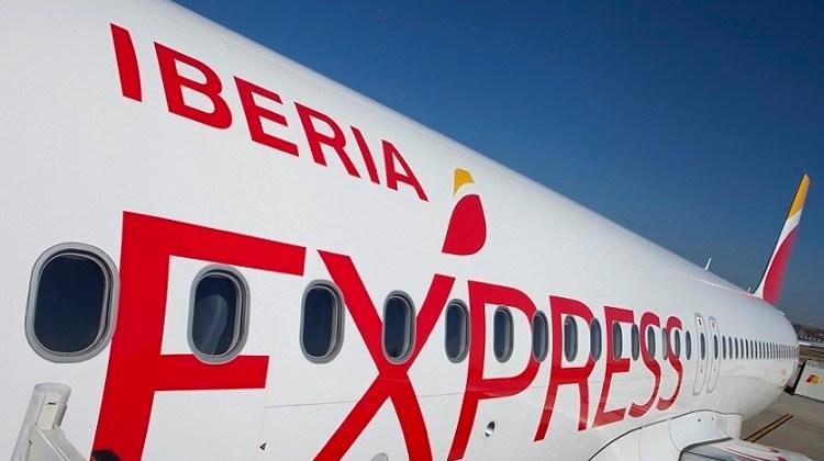 Iberia Express estrena destinos en Italia. La aerolínea low cost del Grupo Iberia comenzará a volar, desde el mes de junio, a Nápoles y Verona.