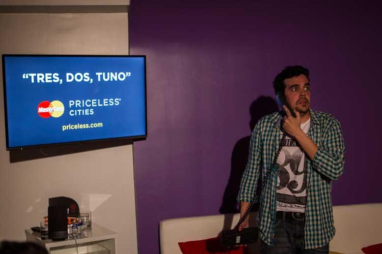 """""""Tres, Dos, Tuno"""", de Zenón Recalde. MicroTeatro en la cita Priceless Madrid."""