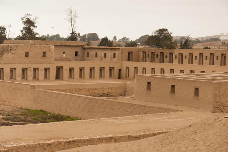 Complejo Arqueológico de Pachamac, Ruta del Pariacaca, Gran Camino Inca. Foto © Beatrice Velarde