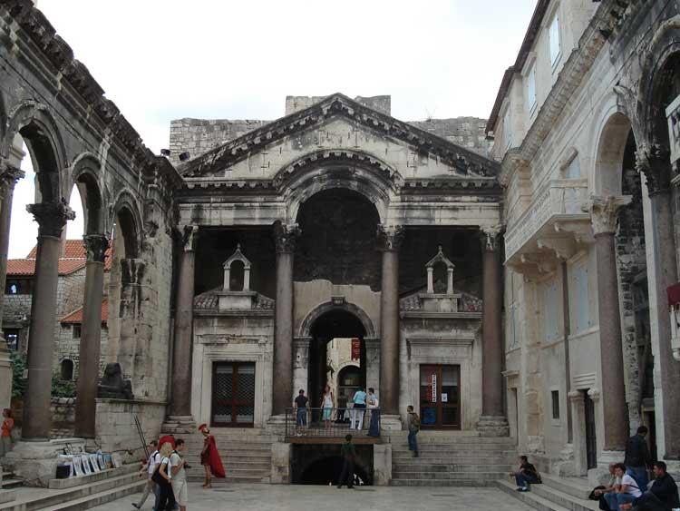 Palacio de Diocleciano en Split. Foto © Tu Gran Viaje