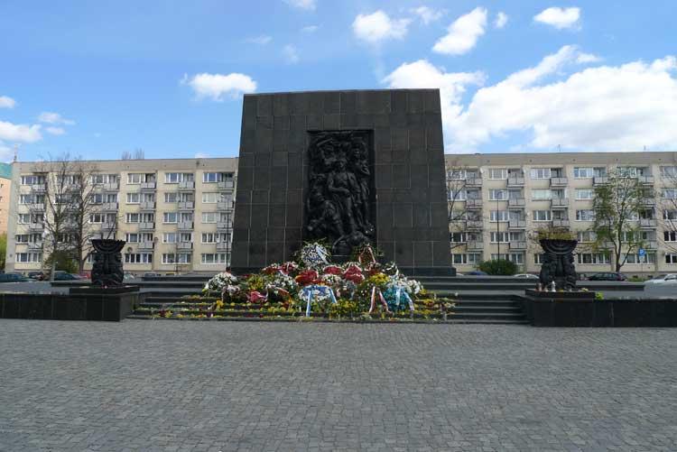 Monumento a los Héroes del Gueto, en Varsovia. Foto © Ángel Ingelmo