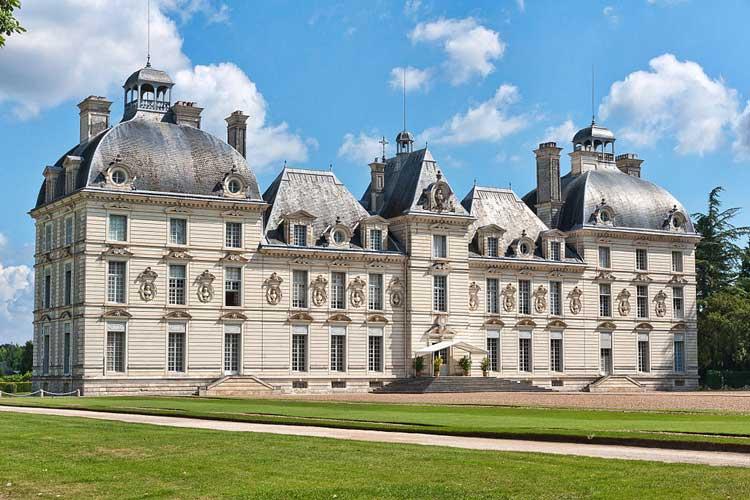 Chateaux de Cheverny.  Foto CC 3.0 Jean Christophe   Benoist