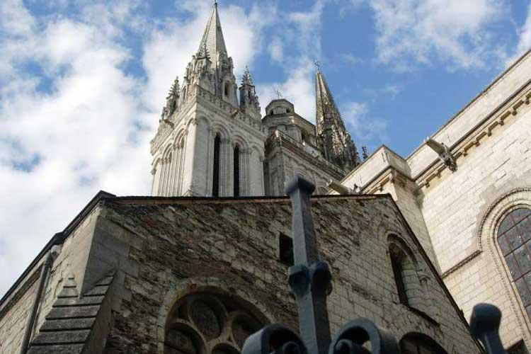 Catedral de San Mauricio de Angers. Tu Gran Viaje por el Valle del Loira.
