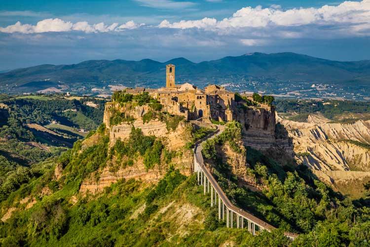 Viajar a Civita de Bagnoregio