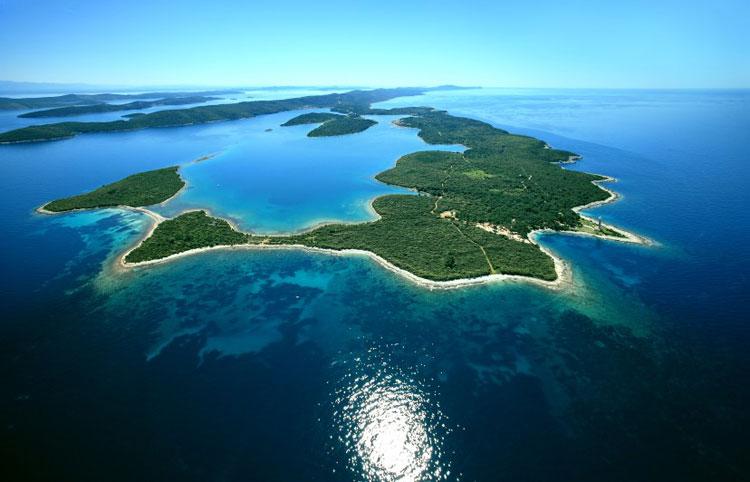Dormir en los faros de Croacia. Xperts de Tu Gran Viaje. Isla de Digi Otok. Foto de Boris Kacan