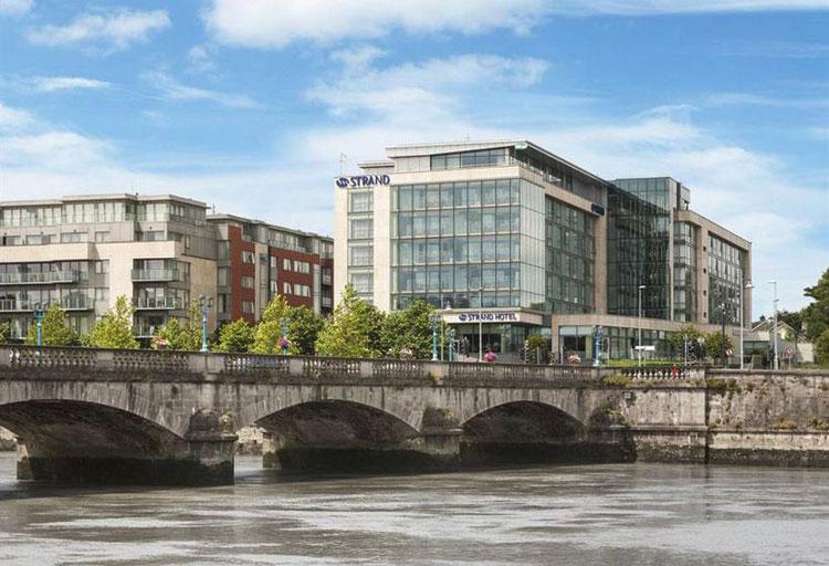 Limerick Strand Hotel | Cinco razones para viajar a Limerick Irlanda en Tu Gran Viaje- Revista de viajes y turismo