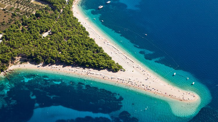 Viajar a la playa de El Cuerno de Oro de Croacia   Tu Gran Viaje revista de viajes y turismo