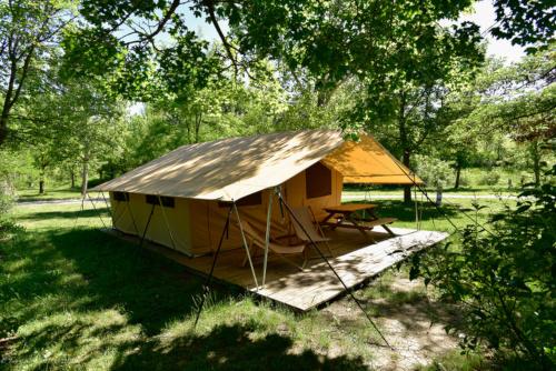 Tent Cabanon  Camping les Tuillres
