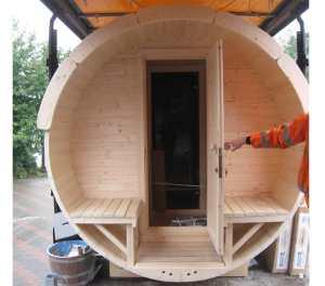 Door way into the sauna