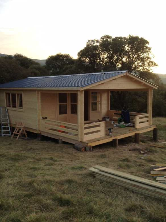 The completed build in two days and good enough to live in. A 58mm log cabin is a proper building with so many applications it can be put to.