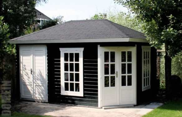 Agnes corner log cabin with a storage shed to the side in 45mm wall logs