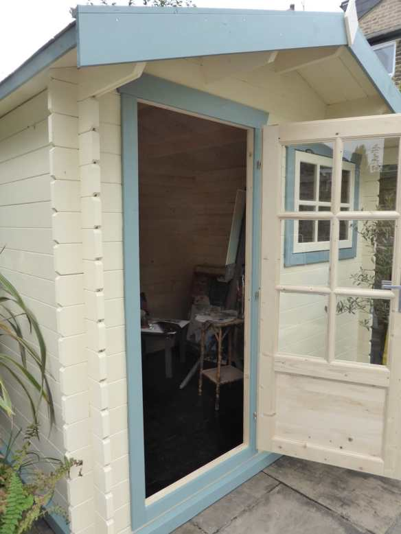 Mrs Gibbs Log cabin art studio. A really lovely looking small cabin and ideally suited for this task.
