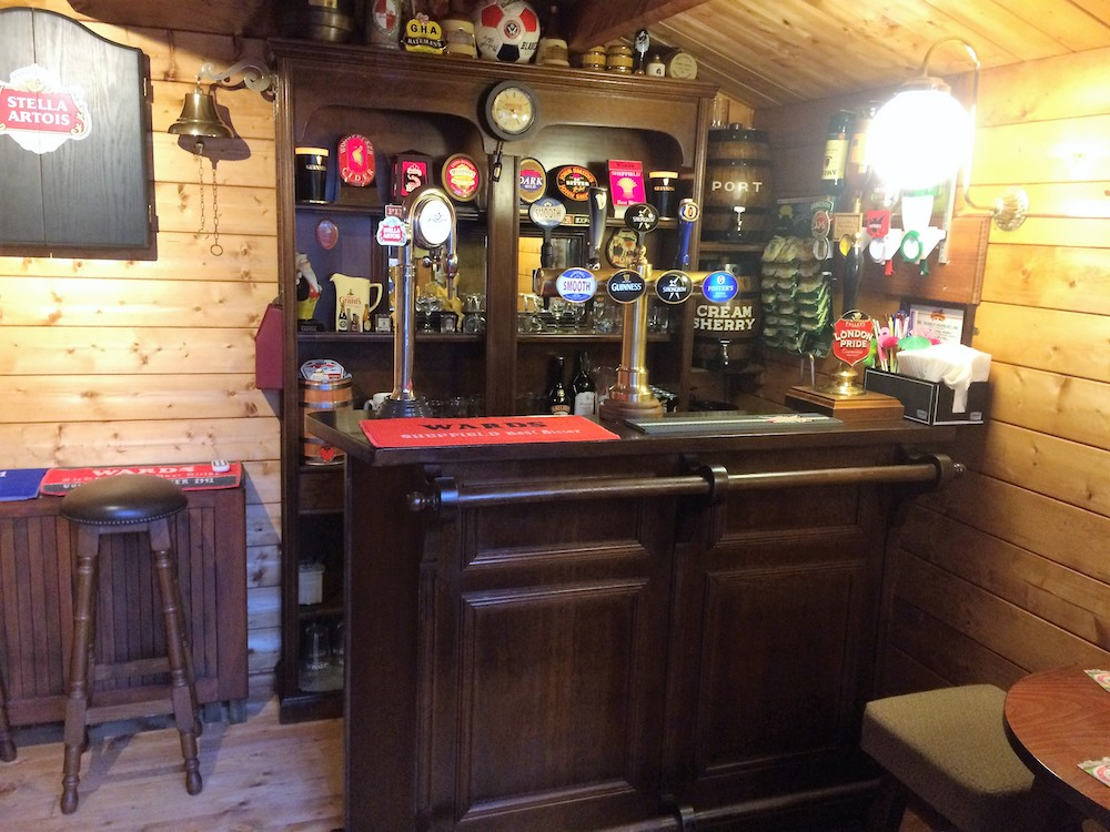 Log Cabin Pubs