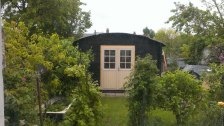 Lisse round roof log cabin