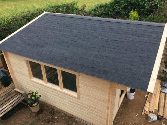 Newcastle Log Cabin Roof Shingles