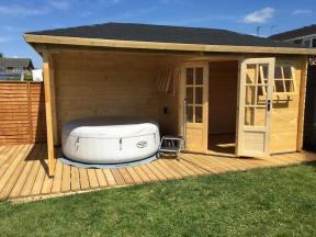 Rianne Log Cabin Hot Tub Cover