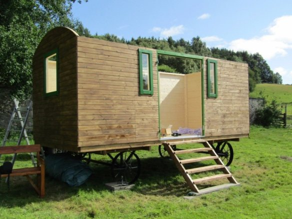 Shepherd Hut Deluxe Walls