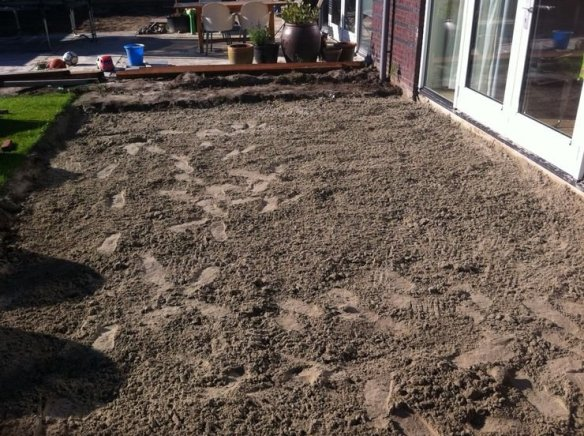 Sand bed substrate