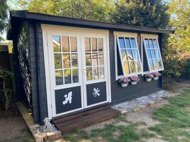 Shannon Log Cabin
