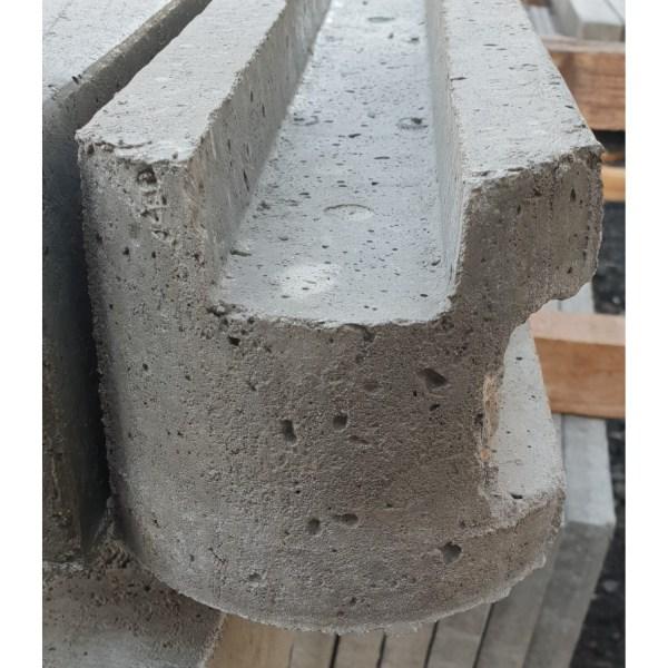 betonpalen hoekpaal