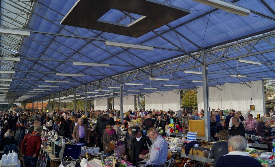 Grote Indoor Vlooienmarkt